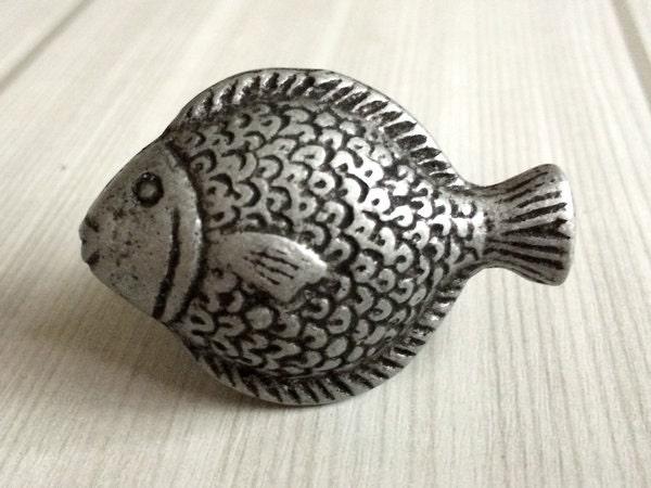 Fish antique silver black dresser knob drawer knobs pulls for Fish drawer pulls