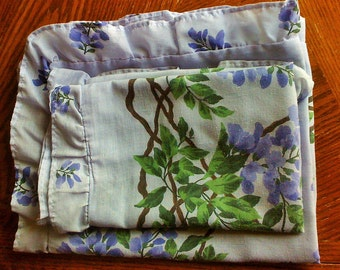 Set of Two Vintage Shams, Ruffled, Lavender, Violet, Green, Floral, False Indigo, Shabby, Cottage Chic, Pillowcases, Feminine, Boho Bedroom