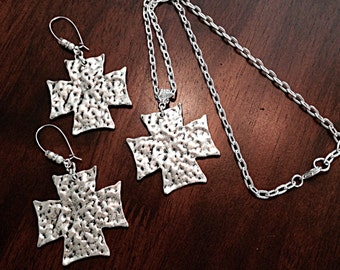 Necklace Set, Cross Necklace, Antique Silver Necklace, Christian Jewelry, Hammer Metal Silver Cross Pendant and matching Earrings