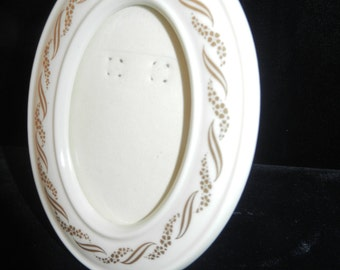 Lenox Oval Picture Frame - Like New