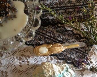 enlightining double quartz waeable healing wand