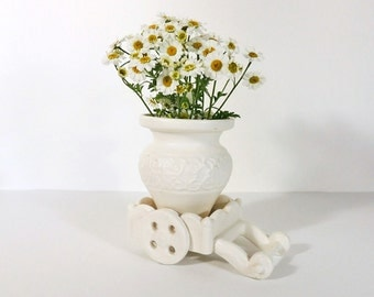 Inarco Small Planter/Vase Urn on a Cart Vintage 1960's