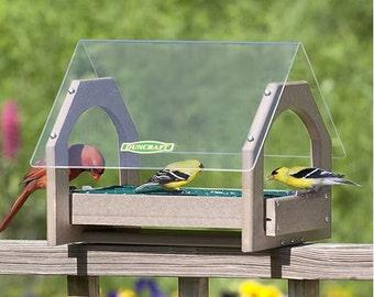 Universal Bird Feeder
