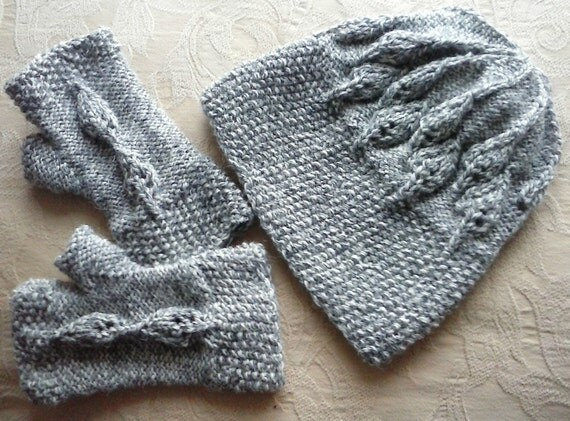 Knitting pattern for hat and gloves. Instant download. Leaf
