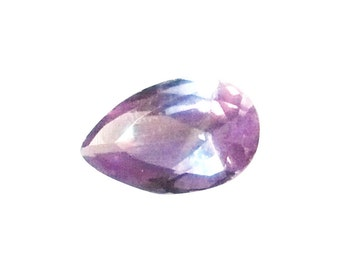 8x5mm pear shape, colour change, alexandrite corumdum (synthetic)