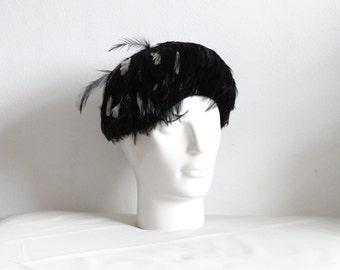 Vintage Feather Cloche Hat, Ligne Parisienne Hat, Vintage Hat, Flapper Style Hat
