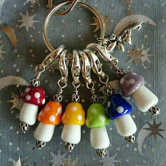 Lampwork Murano glass tiny rainbow toadstool / mushrooms set of stitchmarkers, crochet, knitting