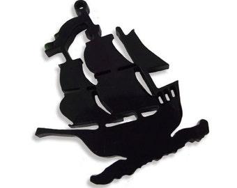 2 pcs pirate ship laser cut charms