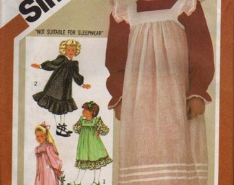 Simplicity Pattern 6180 Childs Dress and Pinafore  Size: 5