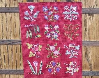 Tudor Dolls House Tapestry, Miniature Slips Wall Hanging, Medieval Dollhouse Tudor Tapestry, 1:12 scale textile, UK Seller