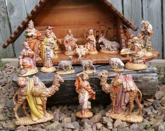 Gorgeous 19 Piece Large Atlantic Mold Nativity Set