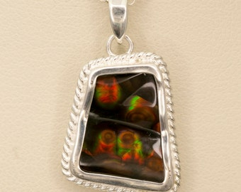 Mexican Fire Agate Sterling Silver Pendant 18ct (MA145P)