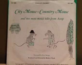 """Vintage 1973 """"City Mouse-Country Mouse"""" and two more mouse tales from Aesop. 33 1/3 rpm Scholastic Record narrated by Eric Berger. Produced"""