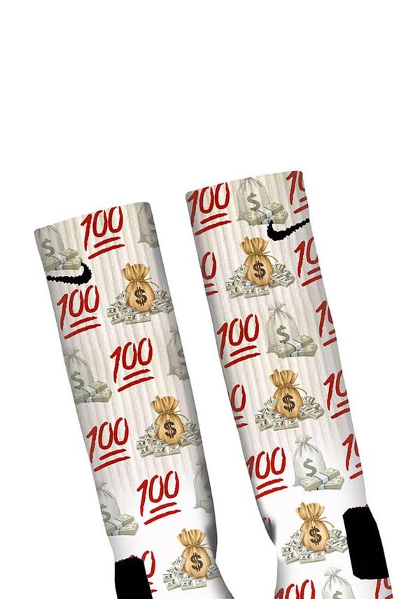 100 emoji socks