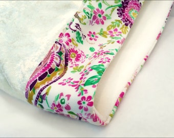 CLEARANCE - 50% OFF - No Garden Variety Pillowcase, in Ivory, Pink, and Green