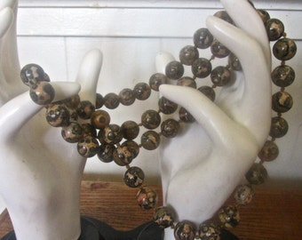 Gorgeous vintage 60's Jasper Agate 32'' round beaded necklace    No clasp