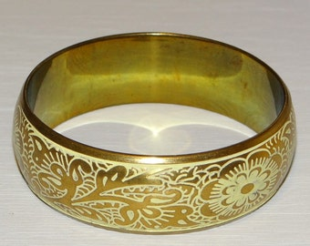 Vintage Bangle Bracelet Brass Gold Tone Bangle Bracelet White Etching Flower Floral Vintage Bangle