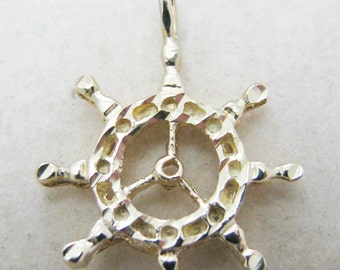 Beautiful 14k Yellow Gold Boat Wheel Pendant