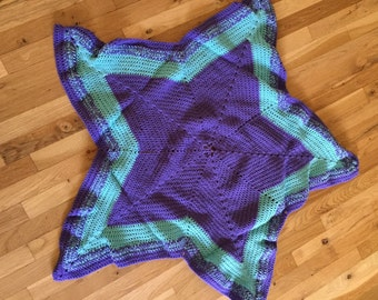 Babies Star Afghan in Purple and Mint.