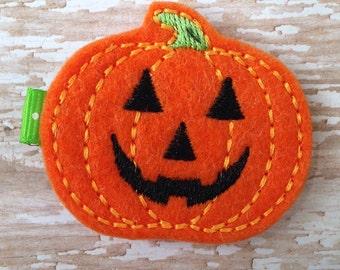 SALE Pumpkin hair clip, Halloween hair clip, Trick or Treat hair clip, baby hair clip, toddler hair clip, hair bow, halloween hair bow