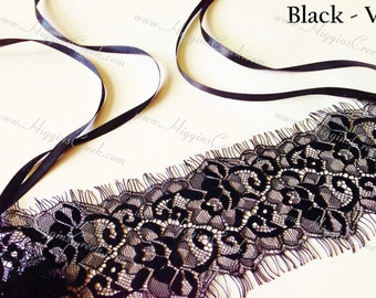 Gothic Black Lace Face Mask Perfect for Masquerade Ball or Halloween Celebration