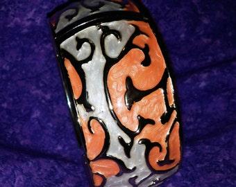 Stunning Orange and White Enamel Scroll Design Hinged Bangle Bracelet With Gold Tone Metal