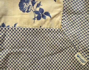 Guess Home Vintage Blue and White Cottage Chic Floral GinghamTablecloth 56in x 84in Cotton