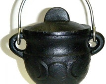 Triple Moon Cast Iron Cauldron  ~ Altar Supplies ~ Witch ~ Wicca ~ Pagan ~ Witchcraft ~ Herb Burner ~ Goddess Symbol ~ Small Cauldron
