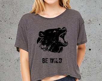 Hiking Shirt,Womens Wild GRIZZLY BEAR T Shirt)Native American Clothing,Mountains Shirt-Graphic Crop Top-Girlfriend Gift-Birthday Gifts,