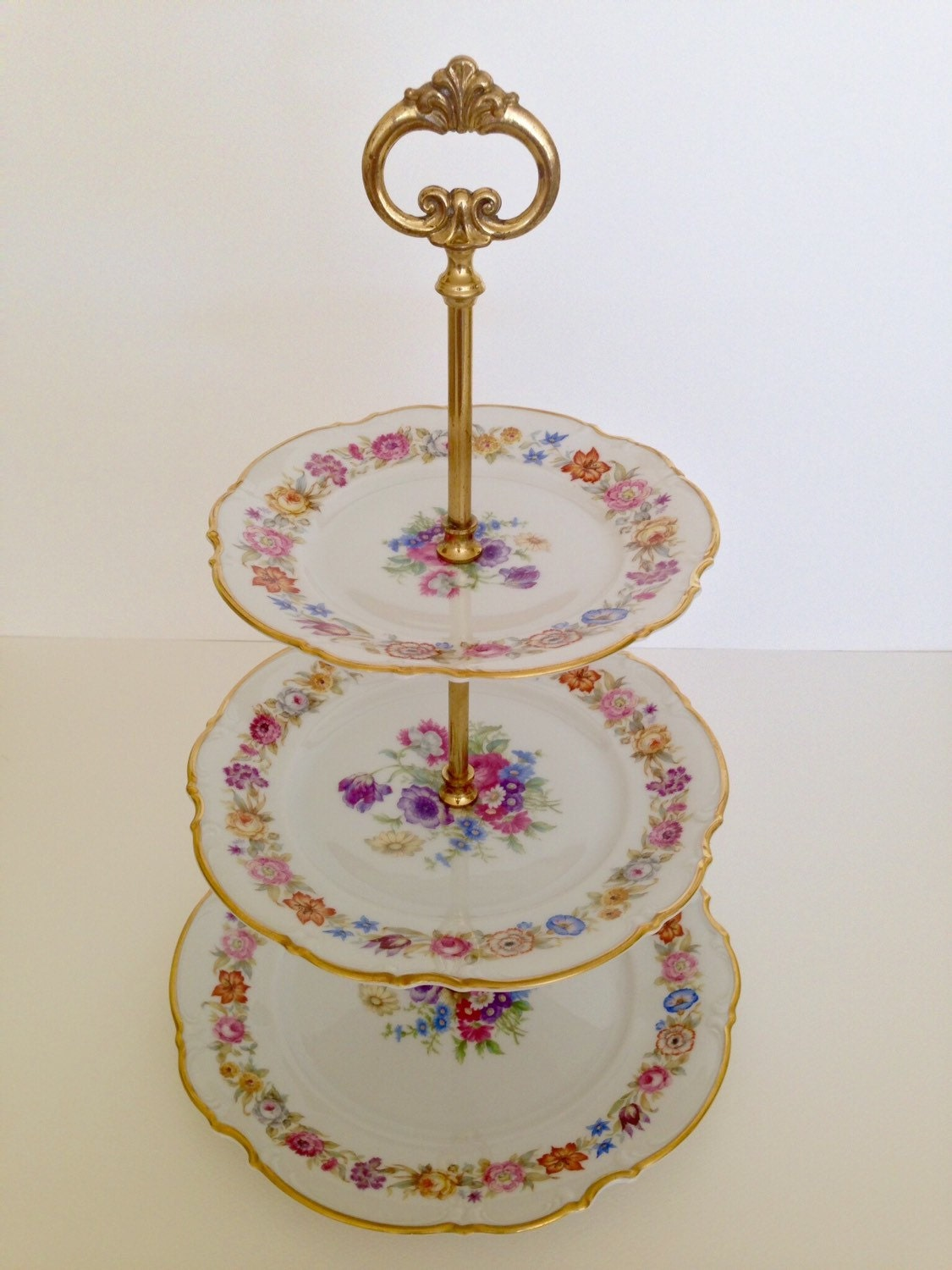 macaroon cake stand - photo #21