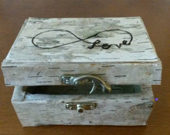 Birch bark wedding ring box for your special day.  Personalize this for your own woodland rustic wedding.