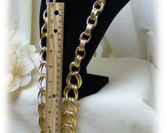 Gold Tone LARGE LINK NECKLACE, never worn