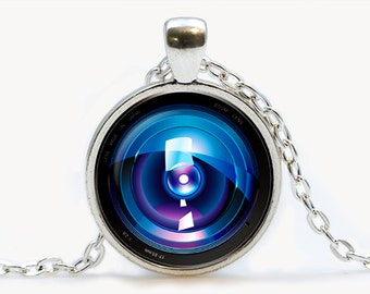 Camera Lens Eye pendant. Camera Necklace. Camera jewelry. Birthday gift