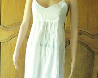 Cotton dress Roshanara , model jeanne white