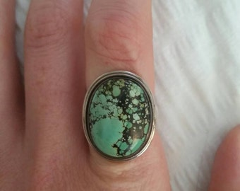 Vintage sterling silver and spider Web turquoise ring size 6.5