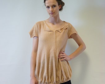 Sale. Delicate feminine amber linen blouse, M size. Only one sample.