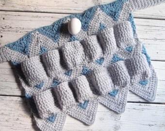 Egg gathering apron,crochet apron,harvest apron,12 pockets,harvesting apron,half apron,farm,farming,gathering apron,collecting apron,chevron