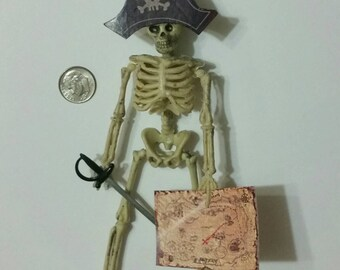 "1"" scale Halloween skeleton pirate with hat,sword, and map. 6"" height.   Roombox Dollhouse Barbie Bratz Action figure size."