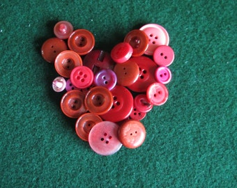 25 Vintage Assorted Red Buttons