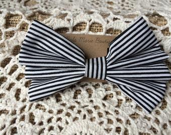 Black & White Stripped Hair Bow