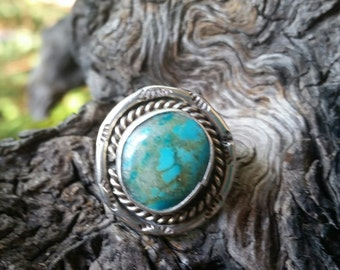 SSTURQR8   !!! CLEARANCE SALE !!!!  Vintage Turquoise and Sterling Silver Ring - Native American