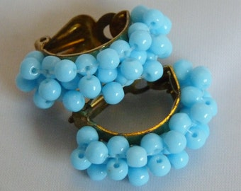 Earrings vintage 60's 60s sixties bo to clip in blue plastic beads on gold metal mount