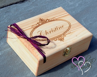 Medium Personalized Box - Engraved Wooden Keepsake Box - Bridesmaid Gift - Groomsman Gift Box - Personalized Engraved Gift Box - Engraved
