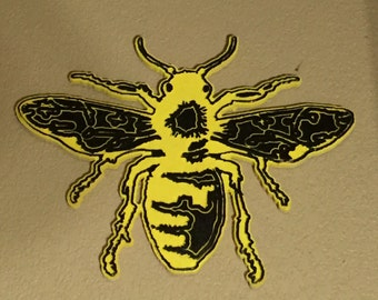 "Wooden wall art traditional bee tattoo design 22"" tall"