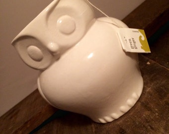 Owl Coffee Mug Bright White Ceramic Owl Coffee Mug Cup Handmade OOAK Soup Mug White Owl Mug Coffee Cup Slip Cast Vintage Mold White Mug