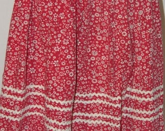 Red White Cowgirl Floral RicRac Dancing Skirt Medium Small