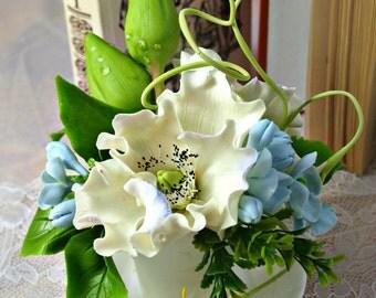 Flower Arrangements, Table Arrangement, Unique Anniversary Gifts, Arranging,  Spring White Small Flowers