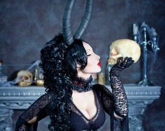 MADE TO ORDER Demonic horns