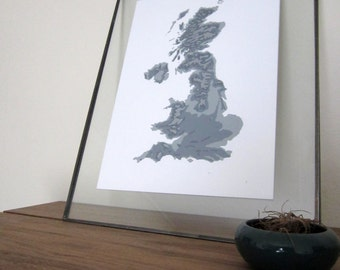 United Kingdom Topographic Map - Silver+Gray Shades on White