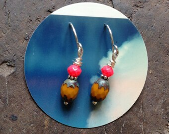 Good Cheer Earrings in Electric Pink and Muted Yellow - Silver